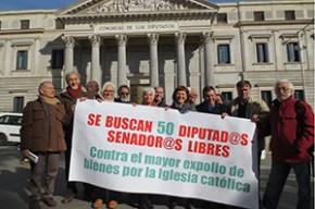 Plataformas_frente_al_Congreso_50